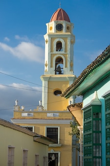 Gele kerk in cuba
