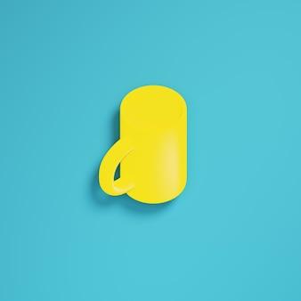 Gele koffiemok op helderblauwe achtergrond in pastelkleuren. minimalisme concept. 3d render