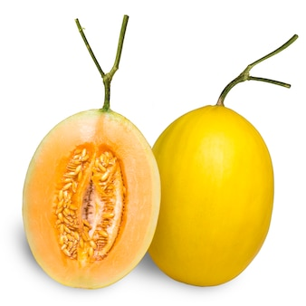 Gele meloen meloen geïsoleerd op wit, gouden meloen fruit op wit met uitknippad.