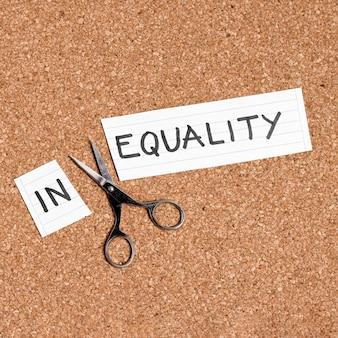 Gelijkheid en ongelijkheid concept plat lag