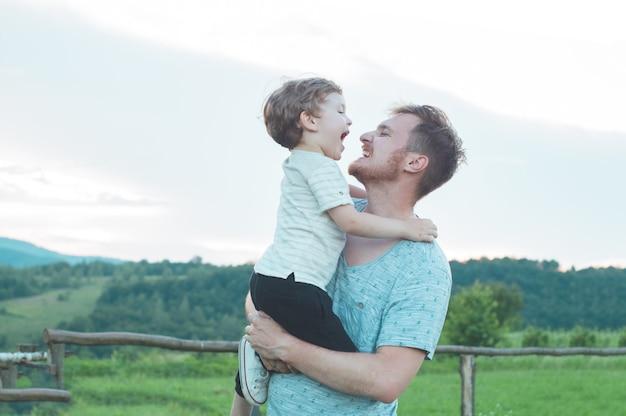 Gelukkig liefdevolle familie