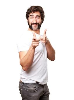 Gelukkige kerel die gebaren met zijn handen