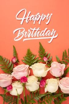 Gelukkige verjaardag met bloemensamenstelling