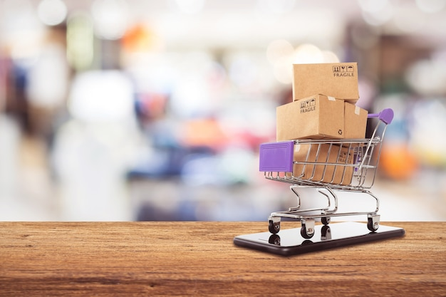 Gemakkelijk online winkelconcept, online winkelen of e-commerce concept