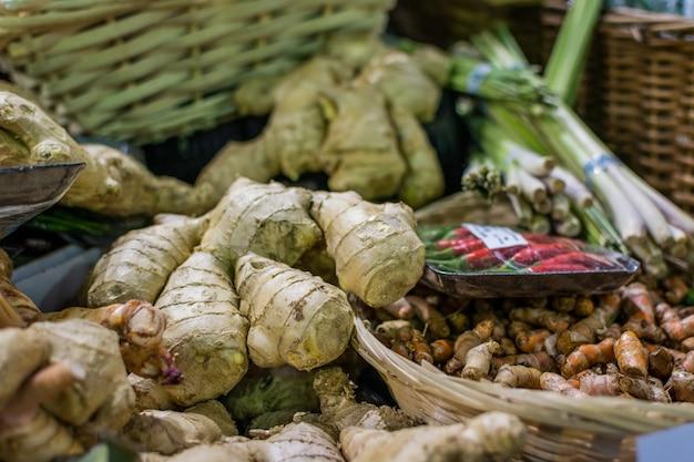 Gember en kurkuma op de markt