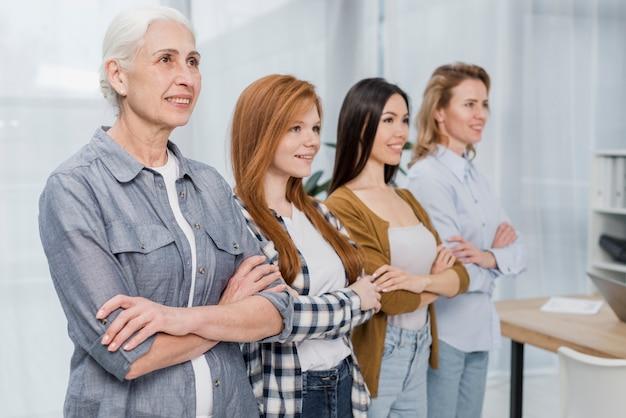 Gemeenschap van ondersteunende vrouwen samen