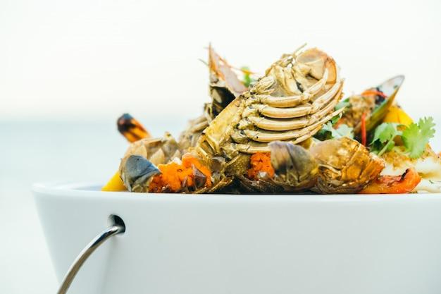 Gemengde gegrilde zeevruchten