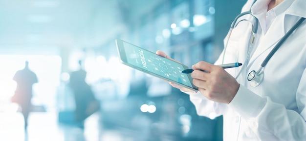 Geneeskunde arts en stethoscoop aanraken pictogram medisch netwerkverbinding