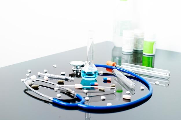 Geneeskunde en apotheek in het laboratorium