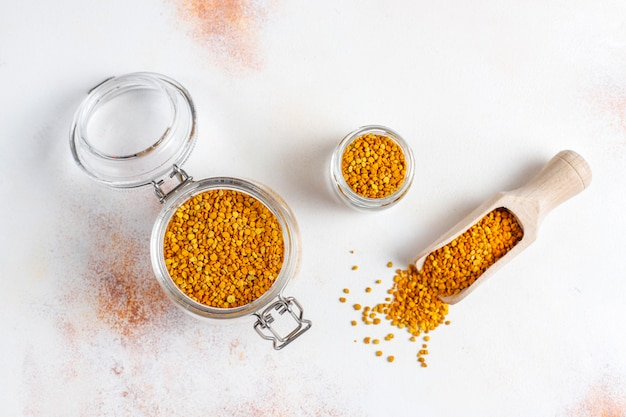 Geneeskunde voedsel bijenpollen.