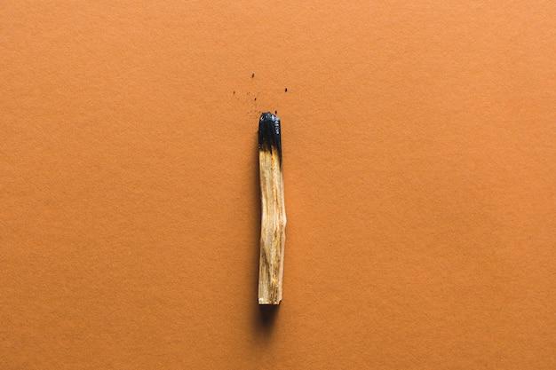 Genezende wierook palo santo ibiokai geurende houten stokjes