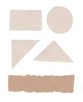 Geometrische vorm van grijs kunstpapier geïsoleerd op wit voor ontwerp in uw werk.