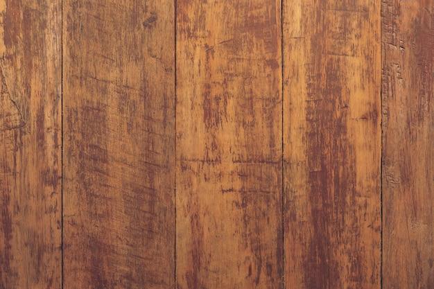 Gepolijste houten achtergrondpanelen.