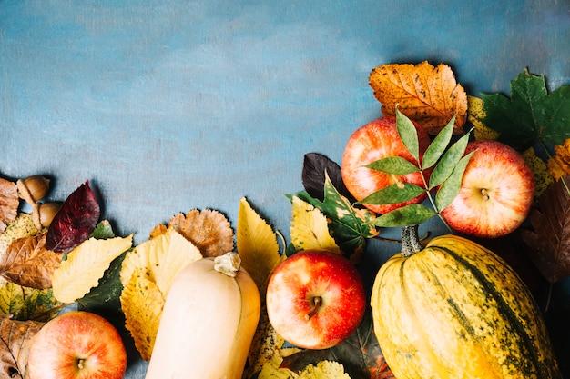Geprepareerde pompoenen en appels