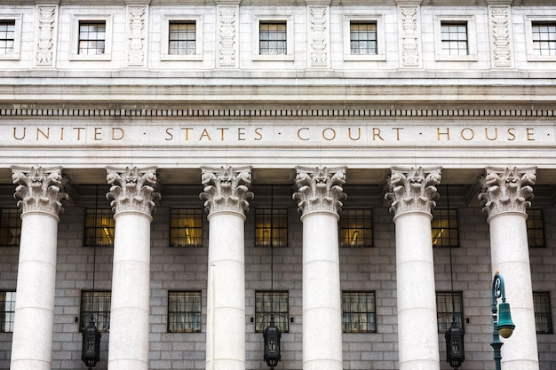 Gerechtsgebouw van de verenigde staten. gerechtsgebouw gevel met kolommen, lager manhattan, new york