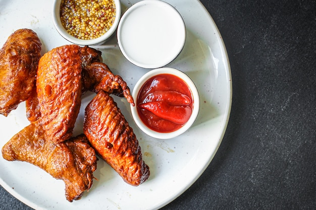 Gerookte kippenvleugels vlees gevogelte
