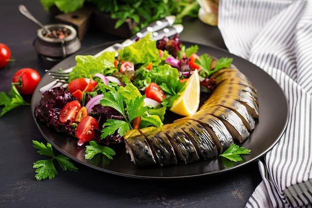 Gerookte makreel en verse salade