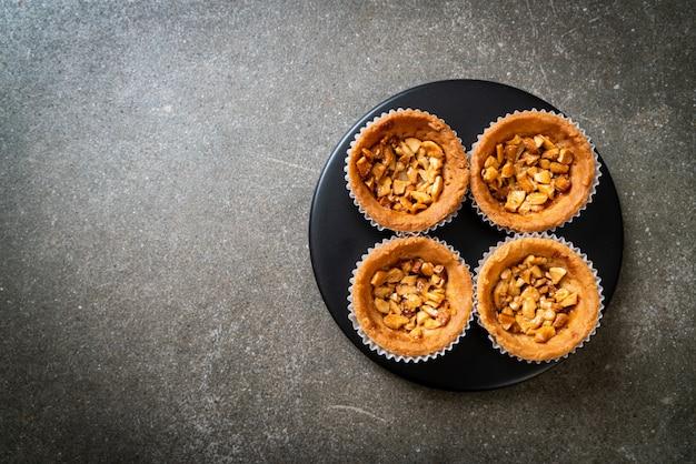 Geroosterde cashewnoten noot taart op plaat