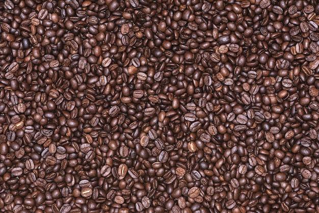 Geroosterde koffiebonen achtergrond, foto koffie close-up