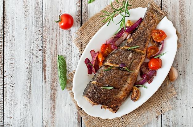 Geroosterde zeebaars met groenten