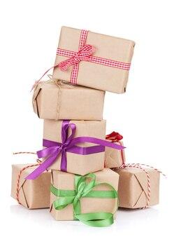 Geschenk dozen. geïsoleerd op witte achtergrond
