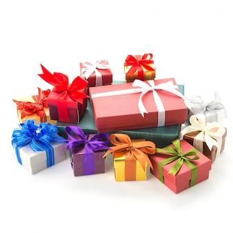 Geschenkdoos geïsoleerd op wit