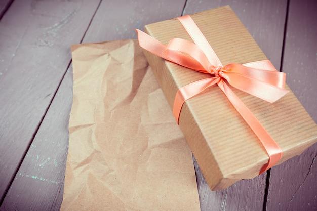 Geschenkdoos met lint