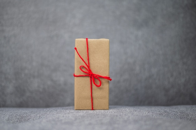 Geschenkdoos, nieuwjaarsgeschenkdoos, kerstcadeaudoos, kopieerruimte. kerstmis, jaar, verjaardagsconcept.