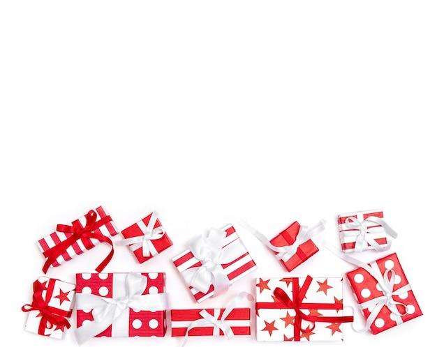Geschenkdozen decoratie witte achtergrond