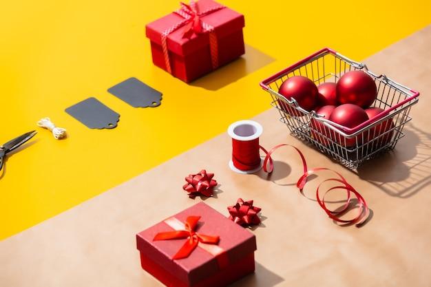 Geschenken en andere voorwerpen om in te pakken