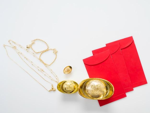 Geschenken in chinees nieuwjaar, goud