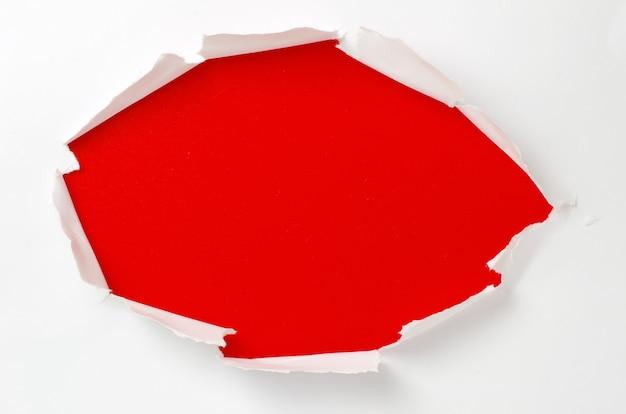 Gescheurd papier met ruimte voor uw bericht