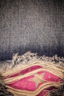 Gescheurde oude jeans achtergrond