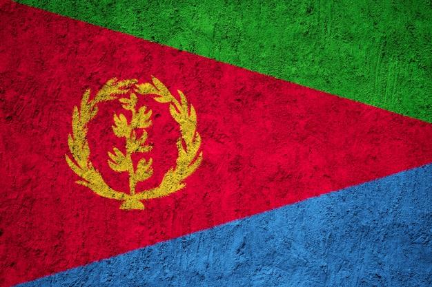 Geschilderde nationale vlag van eritrea op een betonnen muur