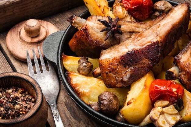 Gesneden barbecue varkensribbetjes