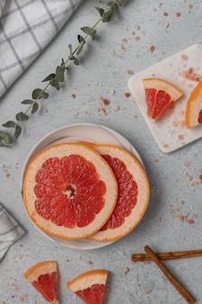 Gesneden grapefruits