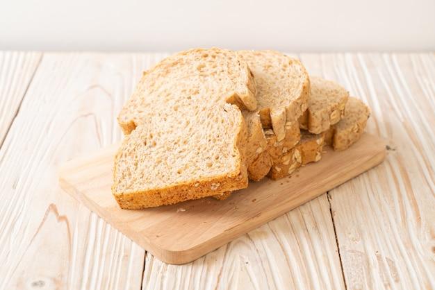 Gesneden volkorenbrood