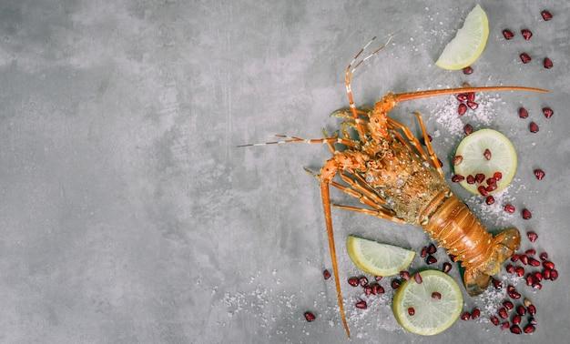 Gestoomde zeekreeftzeevruchten