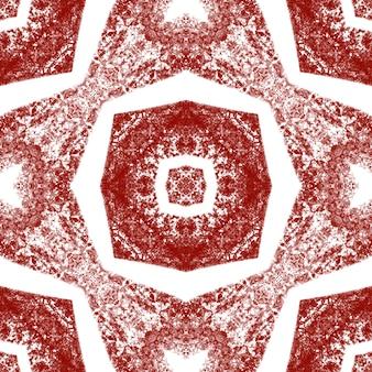 Gestreept handgetekend patroon. wijn rode symmetrische caleidoscoop achtergrond. herhalende gestreepte handgetekende tegel. textiel klaar zicht print, badmode stof, behang, inwikkeling.