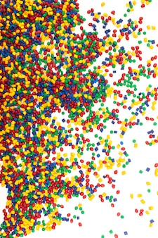 Getint kunststof granulaat voor spuitgietproces