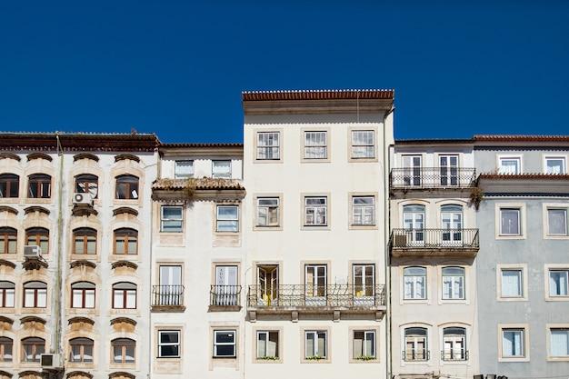 Gevel van het gebouw in portugal