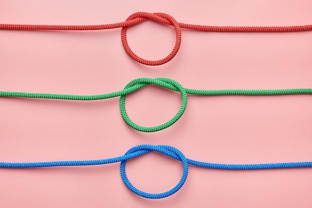 Gevlochten nylon touwen bonden de knoop