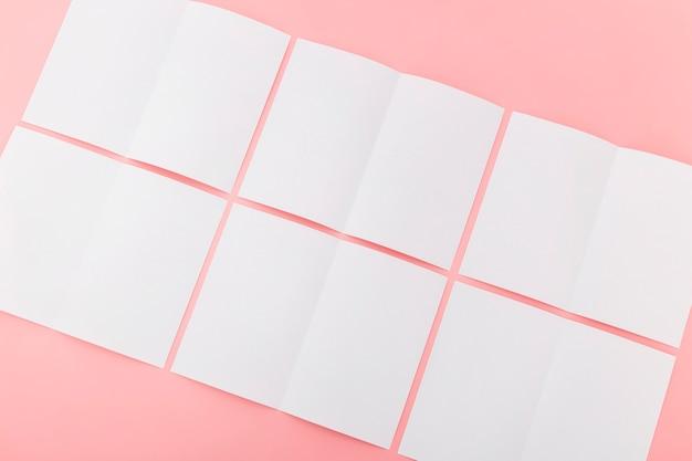 Gevouwen blanco brochure collectie