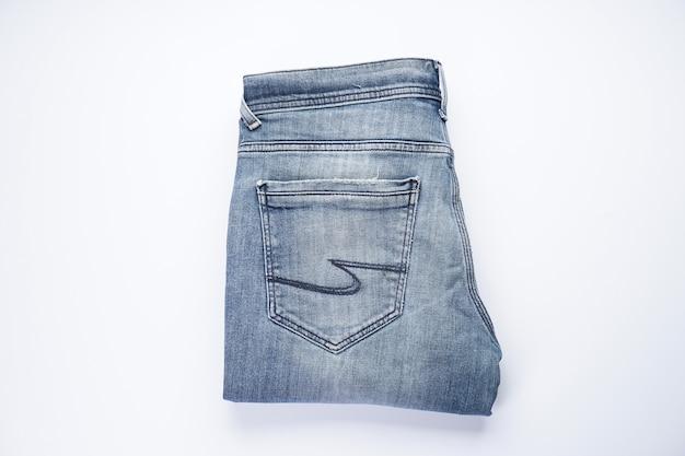 Gevouwen jeans. denim patroon, blauwe spijkerbroek