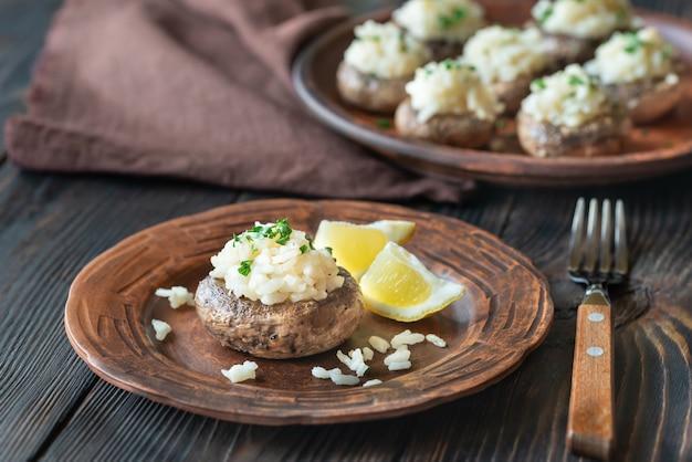 Gevulde champignons met risotto