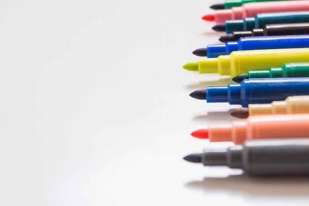 Gevulde pennen in de close-up