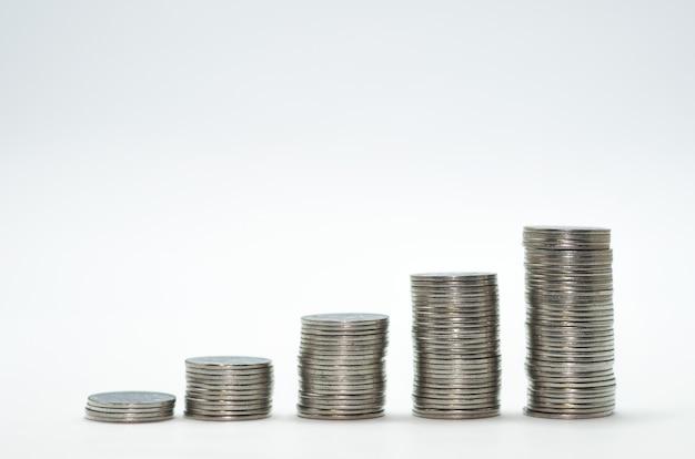 Geweldig concept van inflatie, economie, besparingen. stapel munten.