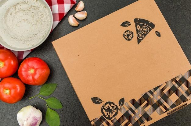 Geweldige achtergrond voor culinaire thema's, pizza in de doos