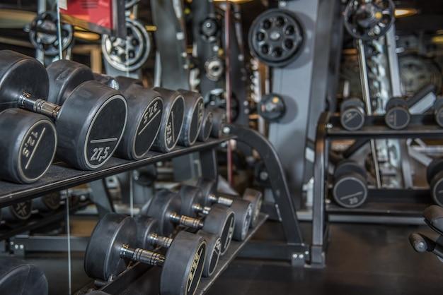 Gewichten kamer in een sportschool