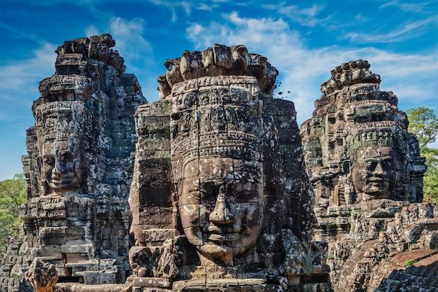 Gezichten van de tempel bayon, angkor, cambodja